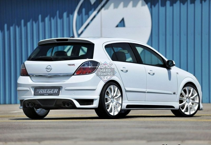 Пороги Rieger Style на Opel Astra H 5D