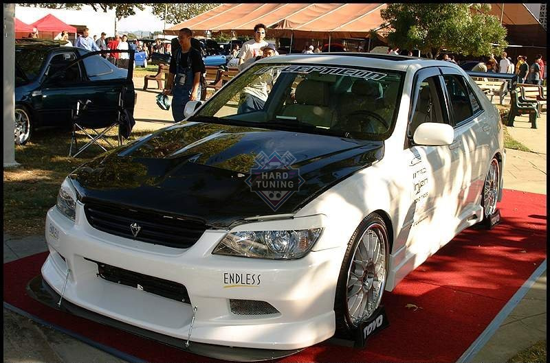 Передний бампер C-WEST Toyota Altezza/Lexus IS 1